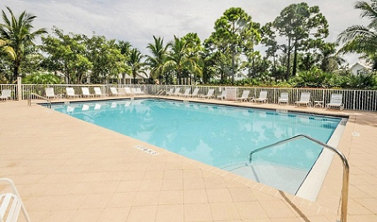 palm-beach-gardens-pool-service-in-Florida